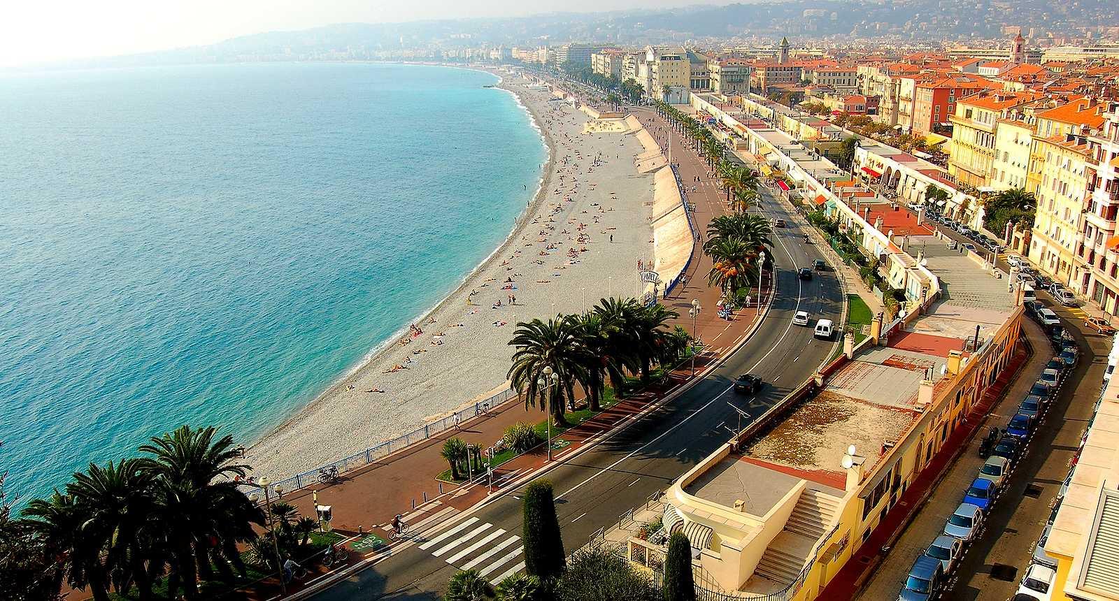 D couvrir la ville de nice durant les vacances le for Piscine nice