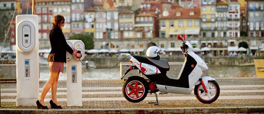 Le scooter lectrique votre alli pour les d placements - Le comptoir electrique ...