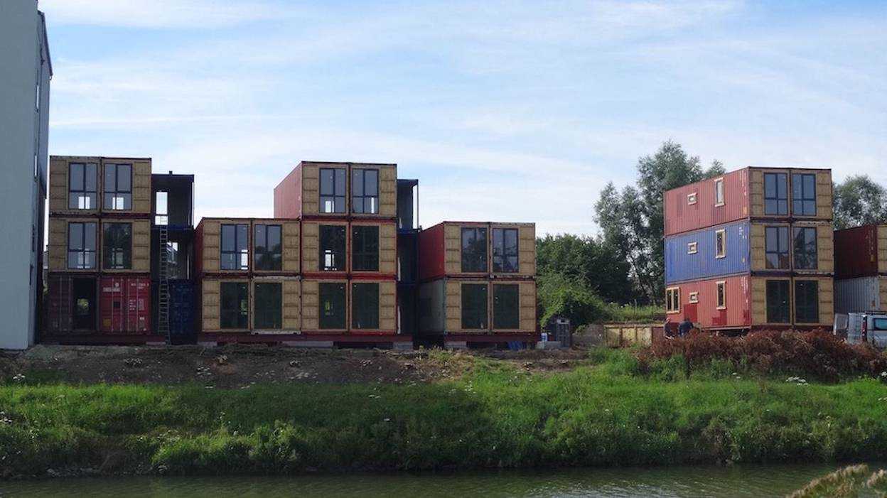 15 Appartements Containers Fleuriront Bient T Pont