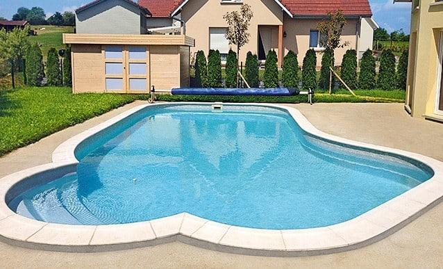 ce qu il faut savoir avant d installer une piscine chez. Black Bedroom Furniture Sets. Home Design Ideas