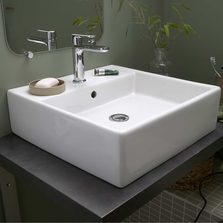 vasque carrée à poser salle de bain